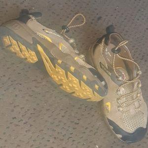 Swiss gear kids shoes